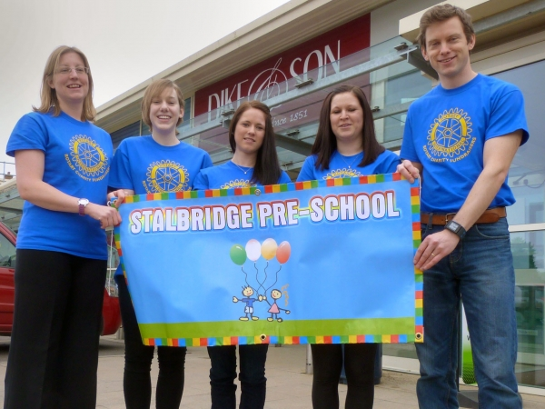 Stalbridge Pre-School Fundraisers Take on 10K Run Challenge