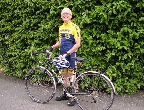 New Rotary Club President Starts His Year Off With a  1,000 Mile Cycle Ride